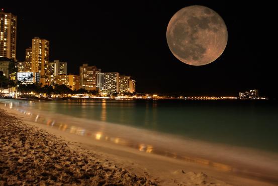 Image finale, la grande lune placée dans la nouvelle Image de nuit